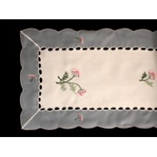 Vintage Floral Table Runner - 30 x 120 cm