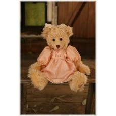 Denise - Settler Bear - Harcourt Collection - Season 15
