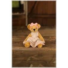Kitty - Settler Bear - Rosebud Collection - Season 16