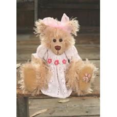 Ruth - Settler Bear - Grandma Loves Me Girl Collection
