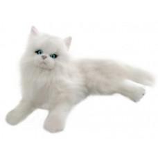 Snowflake the White Persian Cat - a Bocchetta Plush Toy